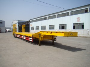 15m New 3 Axle Low flatbed Semi Trailer with pillar