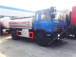 Dongfeng 145 fuel tanker (10-12 m3)