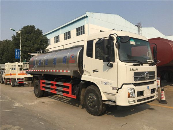 Dongfeng Tianjin milk tanker truck (13000L)