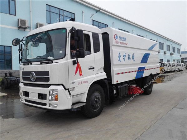 Dongfeng Tianjin road sweeper truck