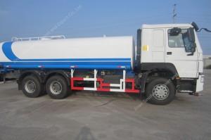 HOWO 20m3 Réservoir d'eau Camion