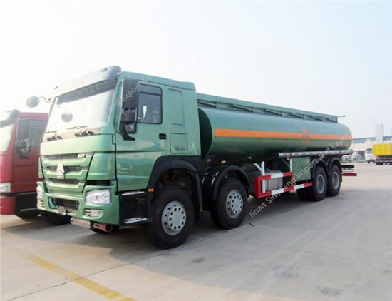 HOWO 25m3 Fuel/Oil Tank Truck