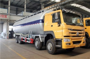 HOWO 40m3 Cement Transport Tank Truck