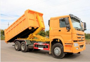 HOWO 6 × 4 Hook Lift Truck Garbage