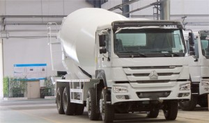 HOWO 8M3-12M3 Cement Mixer Truck
