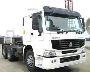 SINOTRUK HOWO camión 6 × 4 tractor