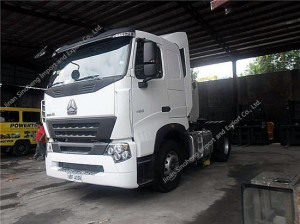 SINOTRUK HOWO A7 4X2 336hp Tractor Truck